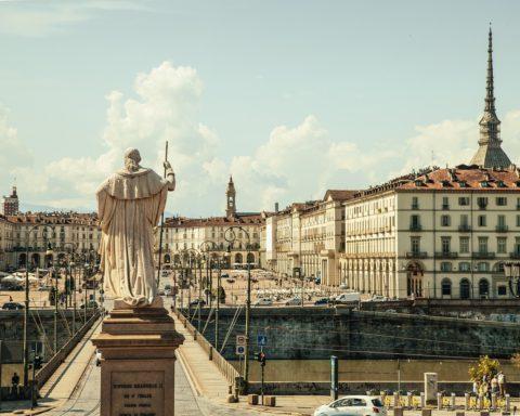 Le 10 canzoni più belle su Torino