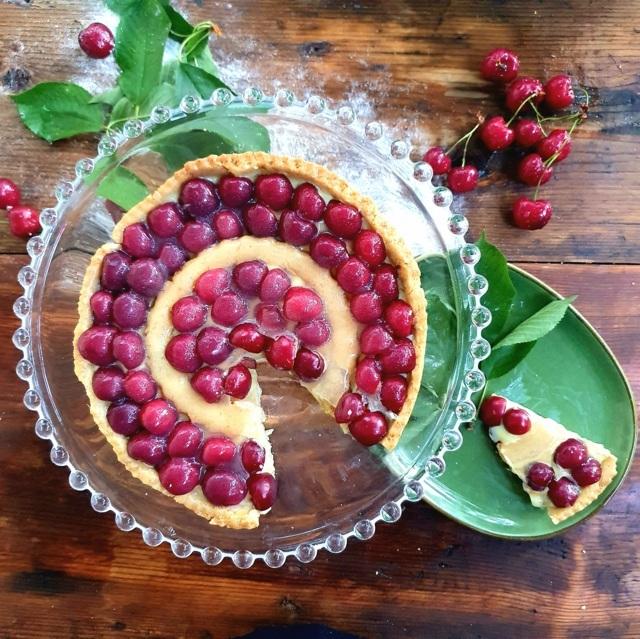 crostata di ciliegie fresche